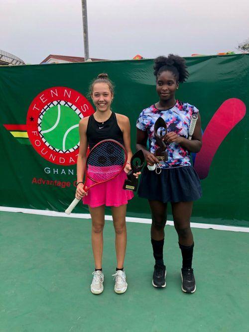 Mia Liepert mit Doppelpartnerin Divine Dasam Nweke aus Dänemark.Privat