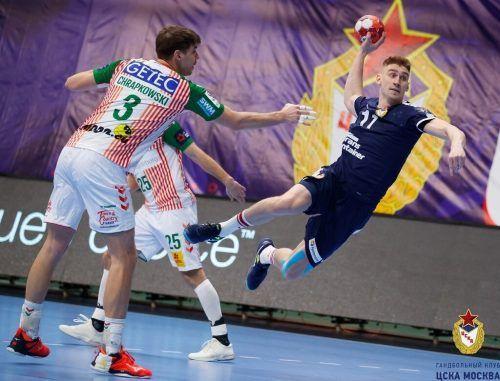 Mit Mikhail Vinogradov (r.) hat Bregenz Handball einen dynamischen und wurfgewaltigen Rückraumspieler für die nächste Saison geholt.Bregenzhandball