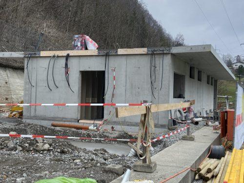 Nach einer langen Winterpause konnten die Bauarbeiten wieder aufgenommen werden. FC Klostertal
