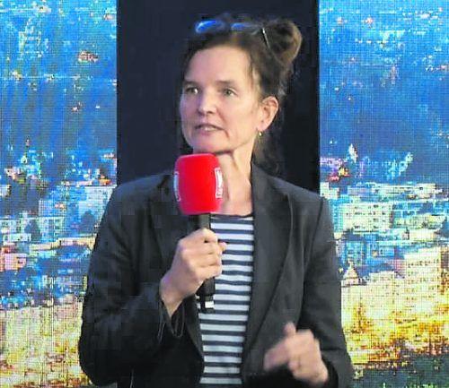 """Regisseurin und Kulturvermittlerin Brigitta Soraperra bei """"Vorarlberg Live""""."""