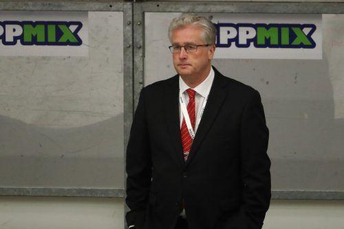 Roger Bader geht in die sechste Saison als Chef des Eishockeyteams.gepa