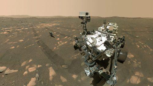 """Selfie: Auf dem Mars hat der Nasa-Rover """"Perseverance"""" ein Foto von sich mit dem Mini-Helikopter """"Ingenuity"""" geschossen. AFP"""