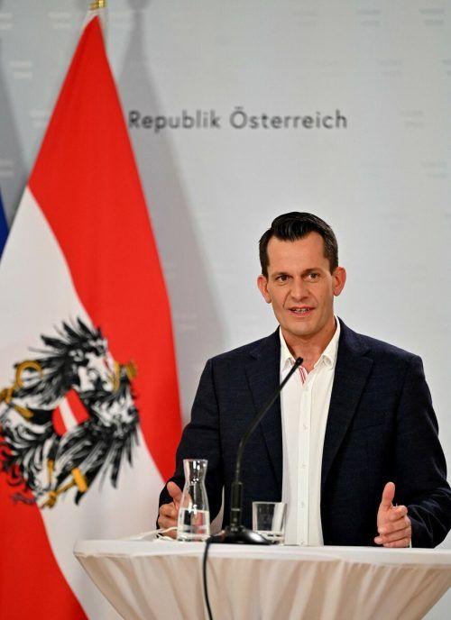 """""""Sollen sie doch die Sau schlachten und feiern"""", sagt Mückstein vor drei Wochen.AFP"""