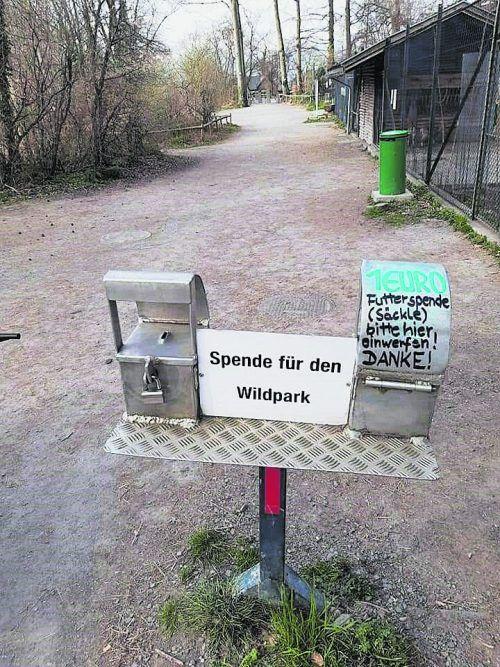 Unbekannte Diebe hatten es auf die Spendenkassen beim Wildtierpark in Feldkirch abgesehen. WIlDTIERPARK FELDKIRCH