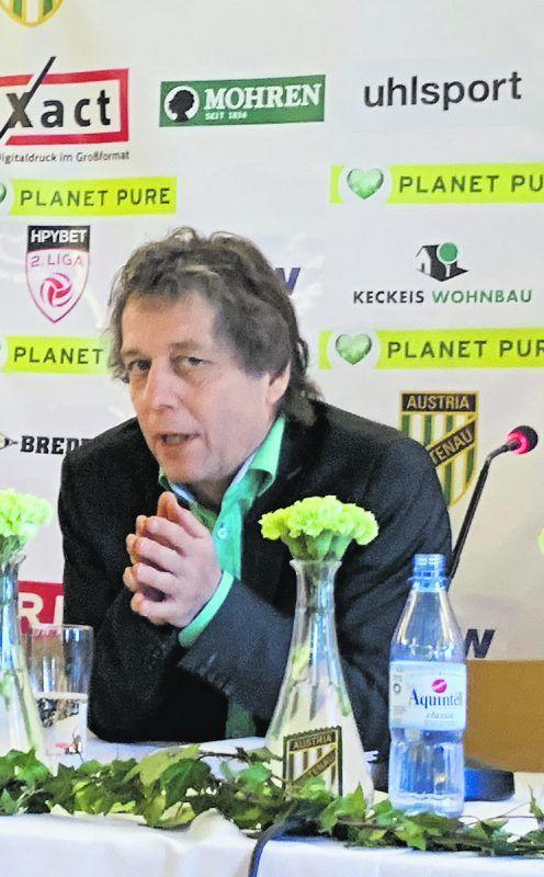 Wesentlich entspannter kann Austrias Vorstandssprecher Bernd Bösch nunmehr die sportlichen und infrastrukturellen Pläne der Lustenauer vorantreiben.Adam