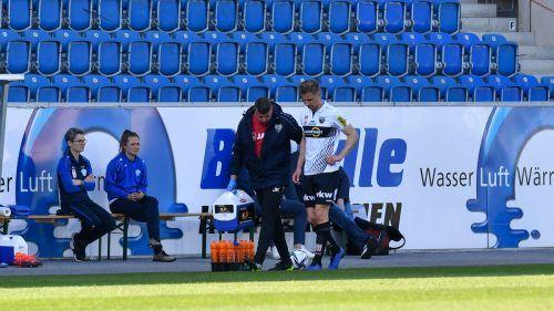 Wieder verletzt, wieder droht eine lange Reha: SCRA-Kapitän Philipp Netzer verließ nach nur zehn Minuten das Feld. Was bleibt, ist die Hoffnung auf ein Comeback.gepa