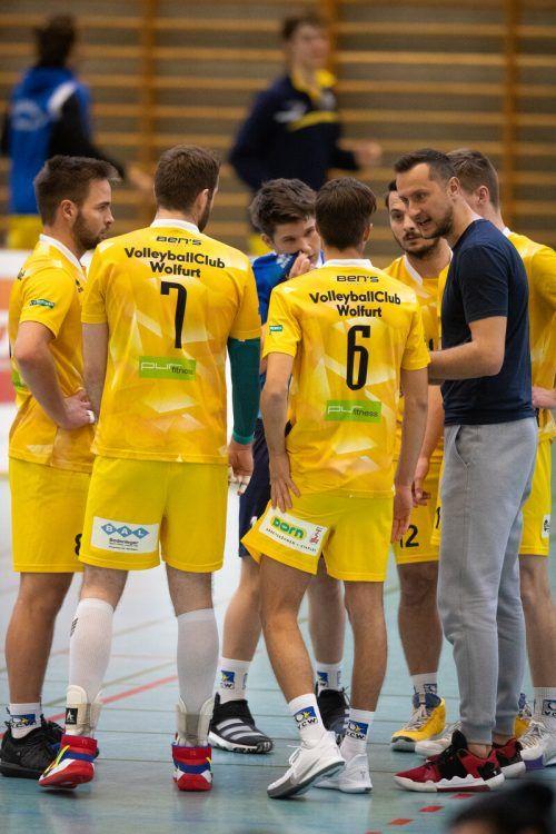 Wolfurts Volleyballer beendeten die Saison mit Sieg und Niederlage.sams