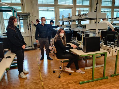 Ab Herbst wird an der HTL Dornbirn im neuen Kolleg IT begreifbar gemacht.cth