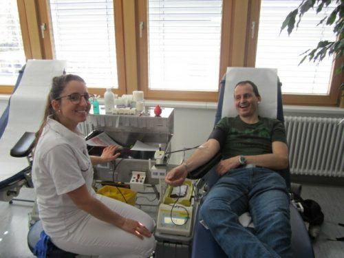 Am 11. Mai kann im Pfarrzentrum Höchst Blut gespendet werden.Blutspendedienst