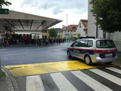 """Am blauen Platz in Lustenau fing ein 19-Jähriger heftige """"Backpfeifen"""" ein, der Angreifer am Bezirksgericht dafür eine Geldstrafe. SYMBOL/VN/RAUCH"""
