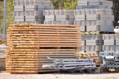 Baustoffe kletterten preislich in die Höhe. Shutterstock