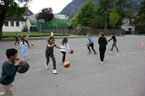 BCO macht Schule – Erste Einheiten in der VS Bludenz-Mitte.BCO bludenz
