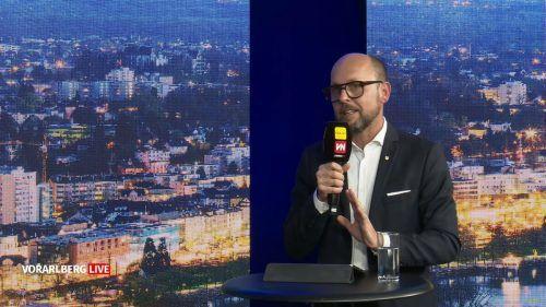 Bürgermeister Michael Ritsch hält an seinem Kurs fest, sowohl bei der Personalpolitik wie auch beim Regieren ohne Koalition. Vorarlberg Live