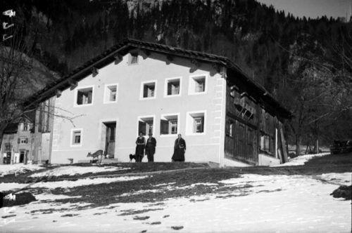 Das Dalberto-Haus oberhalb der Kirche St. Anna in Wald am Arlberg zählt zu den bemerkenswertesten Baudenkmälern des Klostertals. Als eines der ältesten Häuser im Tal steht es seit rund 20 Jahren unter Denkmalschutz.Museumsverein Klostertal