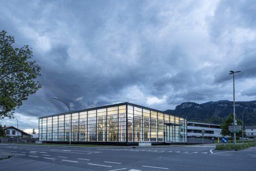 Das ehemalige Zech-Gebäude soll nun den FirmenDorfinstallateur und Dorfelektriker als neue Betriebsfläche dienen. Dorfinstallateur/Alfare