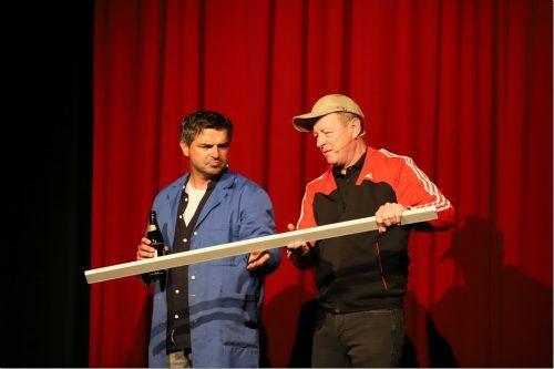 """Das Kabarettisten-Duo Manfred Kräutler und Markus Lins kennt sich aus, was """"Zügla"""" betrifft.Luggi Knobel"""