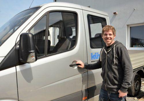 Der 31-jährige Maschinenbautechniker ist bei der Firma Künz beschäftigt. HRJ