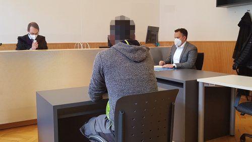 Der 42-jährige Angeklagte wurde unter anderem zu einer bedingten Haftstrafe von fünf Monaten verurteilt. ECKERT