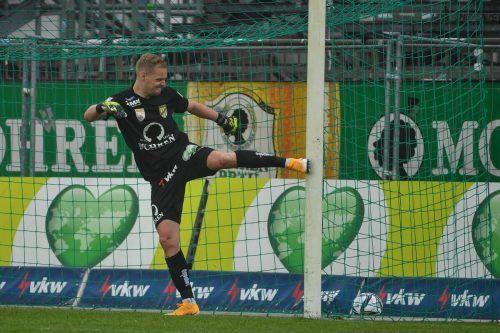 Der Ärger von Domenik Schierl nach dem 0:2 gegen Klagenfurt war riesig. Auch etliche Paraden und ein gehaltener Elfmeter halfen nichts.gepa