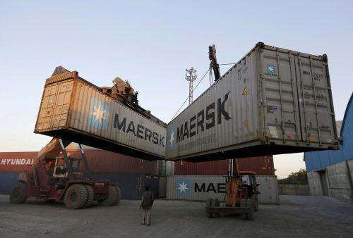 Der dänische Reederei-Riese Maersk profitiert von der starken Nachfrage. Reuters