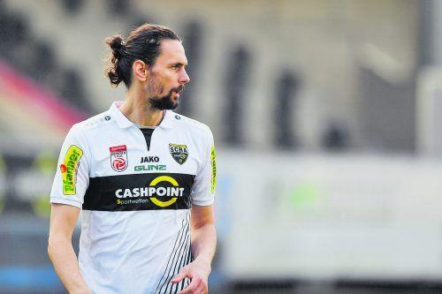 Der Ex-Dortmund-Profi Neven Subotic ist für den Meisterschaftsendspurt ebenso fit . . .