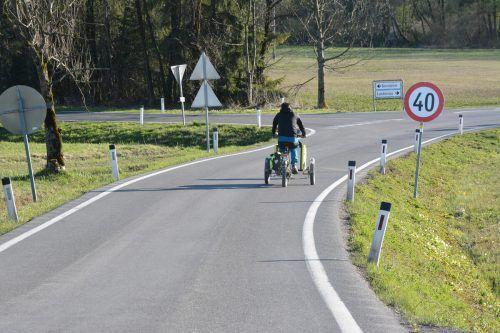 Die Dornbirner Grünen möchten das Ried an Sommerwochenenden den Radfahrern und Fußgängern vorbehalten.bvs
