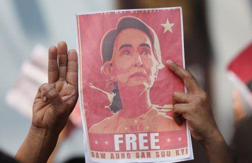 Die Friedensnobelpreisträgerin sitzt im Hausarrest. AP