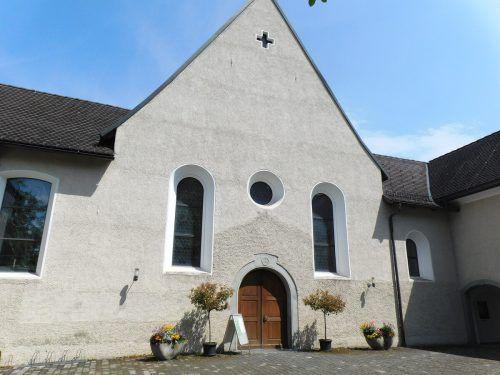 Die Kapuzinerkirche auf dem Gelände der Feldkircher Bahnhofstraße ...Mäser
