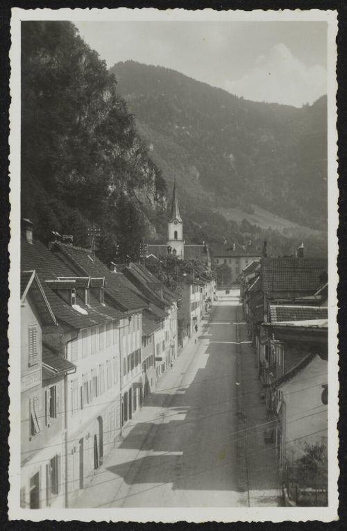 Die Marktstraße Richtung Kirche um 1935.