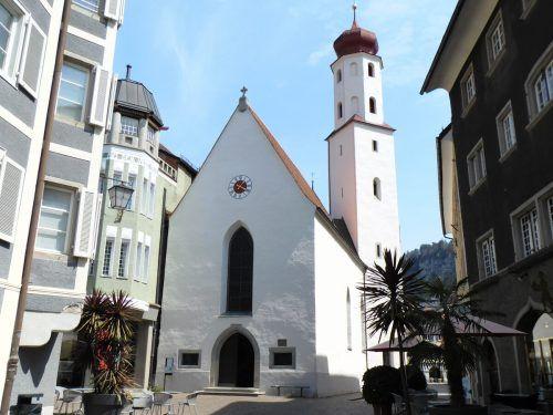 Die Orthodoxe Frauenkirche beim Churer Tor in der Feldkircher Innenstadt ist den ganzen Tag über ...Mäser