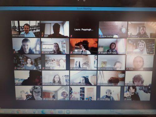 Die Schüler des Gymnasiums Feldkirch konnten die Universität Liechtenstein per Online-Schnuppervorlesung kennenlernen.BG Feldkirch