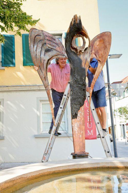 """Die Skulptur """"Engel der Geschichte"""" von Günter Blenke verweist auf die Geschichte von Hohenems. JMH"""