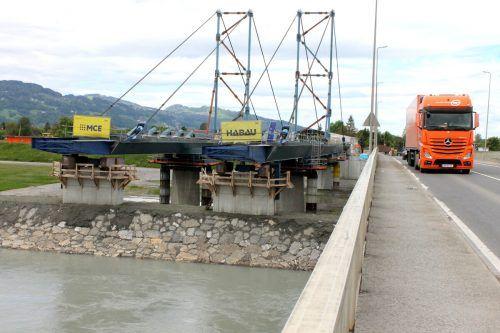 Eines der größten Bauprojekte des Landes ist die Errichtung der Rheinbrücke zwischen Fußach und Hard. Die Fertigstellung ist für Herbst 2022 vorgesehen. g. Grabherr