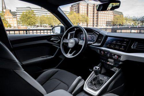 Digitales dominiert auch das Cockpit des Kleinsten und dennoch sportlichen Mitglieds der Audi-Baureihen.