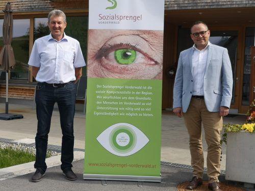 Ein starkes Team leitet den Sozialsprengel Vorderwald: Obmann Gebhard Bechter und Geschäftsführer Bernd Schuster. ME/3