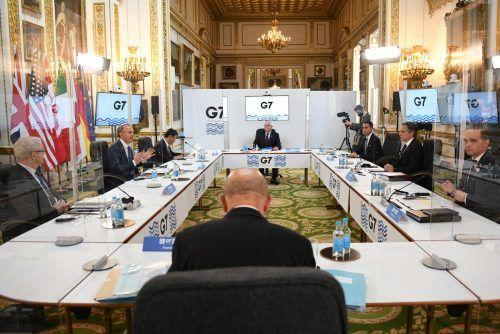 Erstmals seit zwei Jahren trafen die Minister der sieben führenden Industriestaaten auch wieder physisch aufeinander. reuters