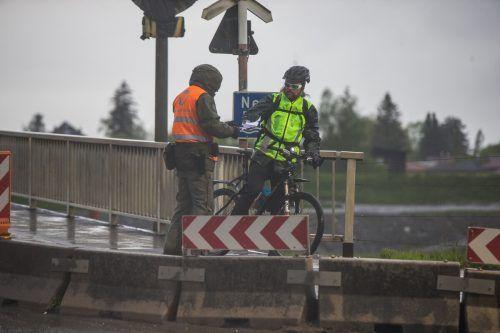 Für Radler und Fußgänger gibt es eine eigene Kontrollstelle. VN/Steurer