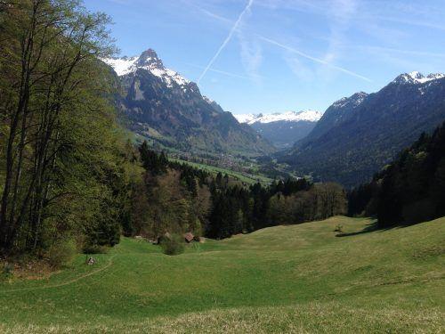 Gasünd und die Klostertaler Wälder zählen zu den Lieblingsorten Monika Muthers.