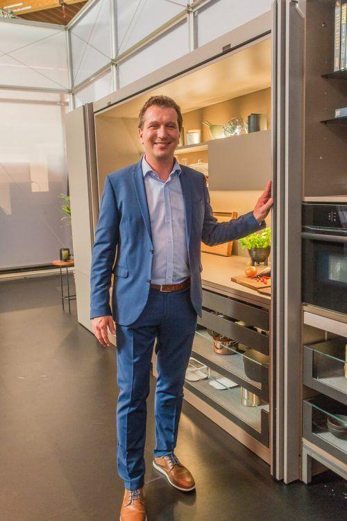GF Philipp Blum präsentiert die neuen Produkte. VN/Steurer