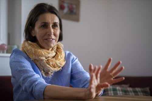Hertha Nöst-Gertschnig hat die Folgen ihrer Covid-Erkrankung noch lange nicht überwunden. Die Krankenschwester braucht viel Geduld. VN/Paulitsch