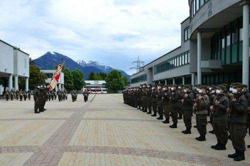 In der Walgaukaserne in Bludesch fand gestern Nachmittag die Angelobung von 113 Rekruten aus Vorarlberg, Tirol und Kärnten statt. Koppitz