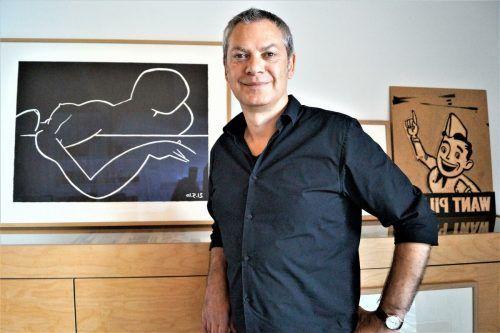 Kurt Dornig machte sich schon mit 20 Jahren als Grafikdesigner selbstständig.yas (3)