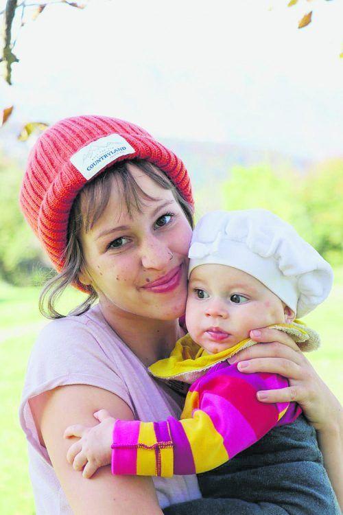Lisa Frei mit ihrem Töchterchen Alba. Das Mädchen hat das Leben der jungen Frau umgekrempelt, aber auch reicher gemacht.alex
