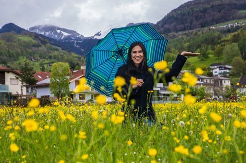 Mai o Mai, so ein Wetter: Schirmherrin Sabine aus Weiler freut sich schon aufs nächste Hoch Utine. VN/PS
