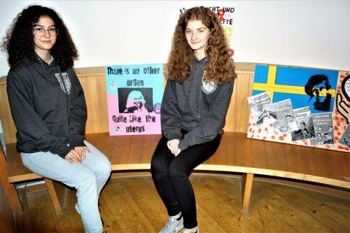 Marina Zelenovic und Lisa Statthaler.