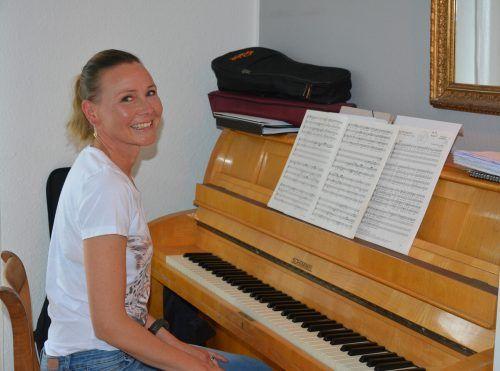 Marjut Kuhnhenn ist eine begeisterte Sängerin. Sie singt nicht nur klassische Lieder, sondern auch finnische Stücke.bvs