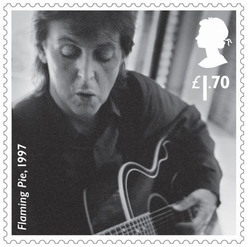 McCartney ist der dritte Musiker, den die Royal Mail mit einem Briefmarkenset würdigt.