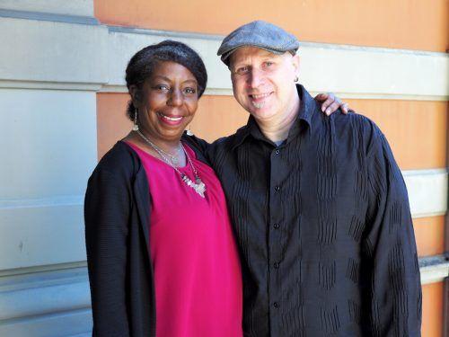 Musikerpaar Ellice Brown und Gary Camper.