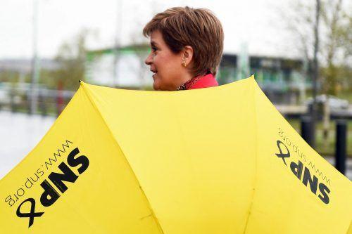 Nicola Sturgeon erhält Rückenwind im Kampf um ein unabhängiges Schottland in der EU. Sie bringt ein neues Referendum ins Spiel. AFP