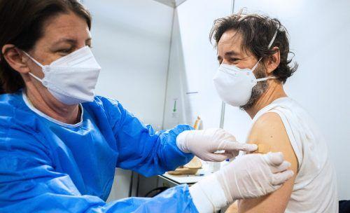 Noch sind die Bundesländer beim Impfen nicht dort, wo sie hin wollen, nämlich auf 80 Prozent Impfquote. apa
